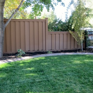 Trex Seclusions Fence - Saddle
