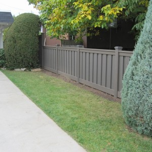 Plastic Fence Alternative - Winchester Grey