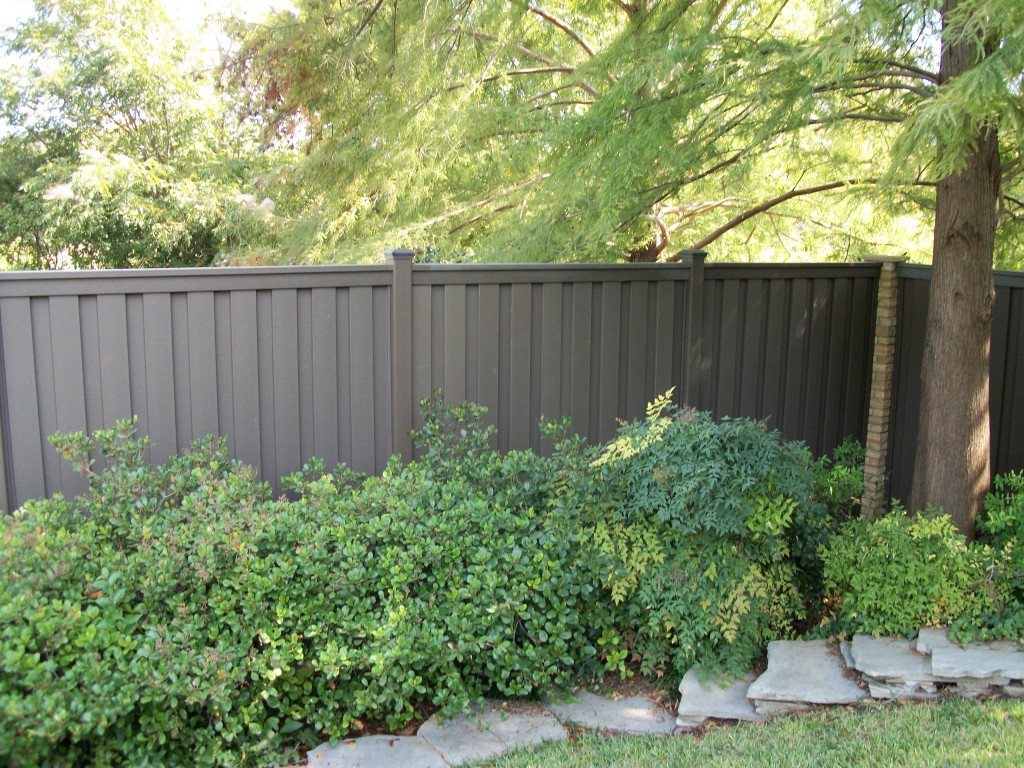 trex seclusions privacy fence - Composite Fencing
