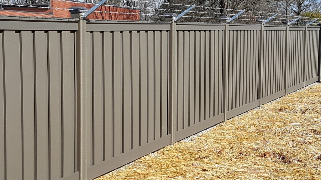 Project spotlight security fence for major communications
