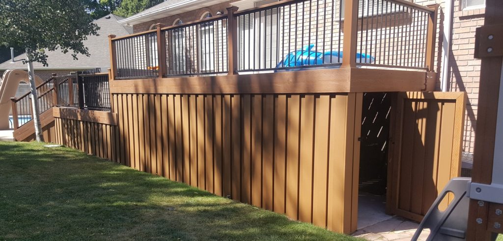 Fence Pickets Used to Create a Closed Off Space Under a Trex Deck