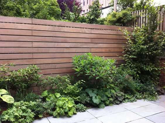 Tropical Wood Horizontal Fence With Butted Joints